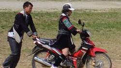 Nỗi lo sau phong trào sắm xe máy ở Thèn Pả