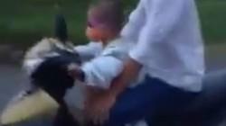 Clip: Bé trai 5 tuổi phóng xe máy vù vù trên đường