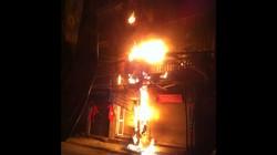 HN: Cột điện phát nổ, bốc cháy dữ dội trong đêm