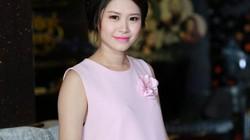 Vợ Đăng Khôi xinh tươi trong tháng cuối thai kỳ