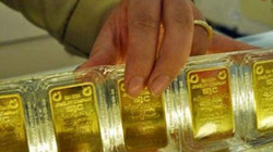 Vàng vượt mốc 35 triệu đồng/lượng: Cân nhắc khi mua tích trữ