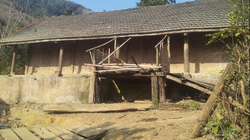 """""""Hồn vía"""" thảo nguyên trong những căn nhà gỗ cổ"""