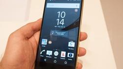 """Cận cảnh Xperia Z5 Premium màn hình phân giải """"khủng"""" nhất thế giới"""