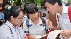 Học sinh phải tăng mức đóng BHYT: Làm sao để bớt nặng gánh?