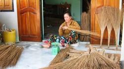 Rót vốn hồi sinh nghề làm chổi cọng dừa