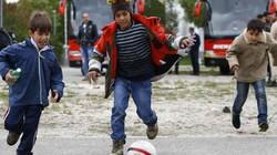 Trẻ em tị nạn vô tư vui đùa tại Đức