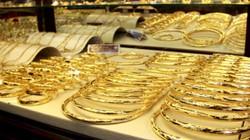 Vàng vẫn biến động hẹp, tỷ giá lại nhích tăng