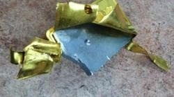 Ôsin đánh tráo lấy vàng giả lấy vàng thật của gia chủ