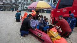 """Clip """"thánh địa du lịch"""" Pattaya, Thái Lan chìm trong biển lũ"""