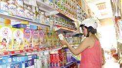 Giá sữa vẫn cao vút vì lương, điện và tỷ giá