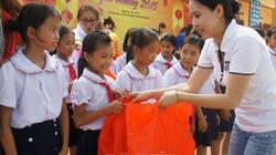 Trao niềm vui trung thu đến trẻ em xã nghèo vùng cao