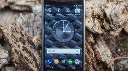 Ra mắt Vertu Signature Touch vỏ titan, giá 227 triệu đồng