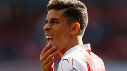 Arsenal nhận tin dữ từ Paulista