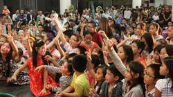 Trẻ em Việt ở Hungary tưng bừng đón Trung thu truyền thống