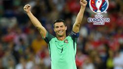 """""""Xé lưới"""" xứ Wales, Ronaldo san bằng kỷ lục của Michel Platini"""