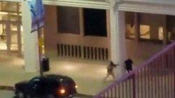 Mỹ: Đấu súng sau vụ bắn tỉa, cảnh sát bị bắn gục