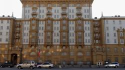 Mỹ trục xuất hai quan chức Nga để trả đũa
