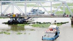 TP.HCM có nên phát triển buýt đường sông?