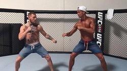 """Ronaldo """"thượng đài"""" với nhà vô địch UFC"""