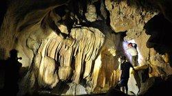 """Phát hiện hang động tuyệt đẹp có thể trở thành """"Sơn Đoòng của miền Bắc"""""""
