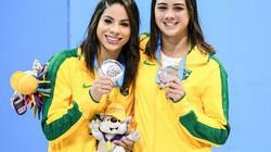"""Nữ VĐV Brazil đuổi đồng đội khỏi phòng để """"mây mưa"""" với bạn trai"""