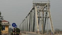 Từ 21.8, ô tô được lưu thông qua cầu Việt Trì cũ