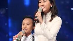 Hồ Văn Cường quên lời, hụt hơi khi hát trên sóng truyền hình