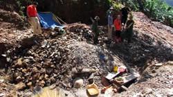 Ảnh: Vượt núi rừng tận thấy vàng tặc hoành hành ở Ba Lin