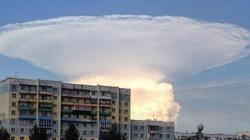 Đây là đám mây hay một vụ nổ hạt nhân?