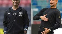 """Thống kê trước trận derby Manchester: Guardiola """"át vía"""" Mourinho"""