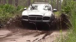 Tận mắt khả năng off-road của Porsche Cayenne