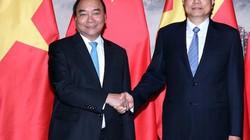 Thủ tướng đến Trung Quốc khẳng định lập trường nhất quán về Biển Đông