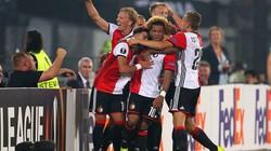 Clip: M.U thua muối mặt trước Feyenoord