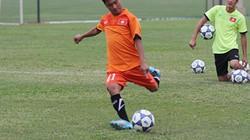 Tập đá penalty, HLV U19 Việt Nam ra luật nghiêm khắc