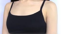Biến quần lót thành áo bra-top sexy chỉ trong 3 phút