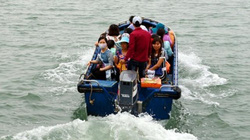 Quảng Ninh: Nguy hiểm rình rập trên tuyến đò nơi địa đầu Tổ Quốc