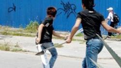 Hải Phòng: Công an rút súng, ngăn nhà xe vác rìu đánh nhau