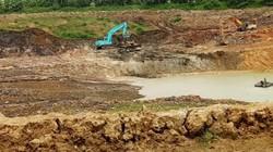 Thanh Hóa: Lợi dụng nạo vét hồ, công ty múc đất về sản xuất gạch