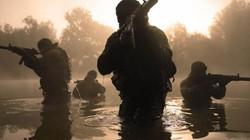 Trận chiến sinh tử giữa nhóm đặc nhiệm Anh và 50 chiến binh IS