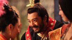"""Hoàng đế Chu Ôn và những quái chiêu """"phòng the"""""""