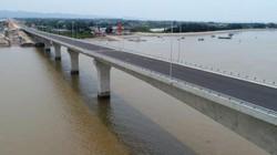 Sai sót tại cầu vượt biển dài nhất VN: Lỗi không chỉ của nhà thầu!