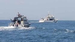 """Tàu tuần tra Nhật bị tàu cá Triều Tiên rượt đuổi, Tokyo """"nổi đóa"""""""