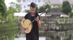 Chàng trai Việt cover Despacito bằng đàn nguyệt cực chất