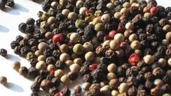 Giá nông sản hôm nay 18.7: Vàng đen hồ tiêu lại giảm, cà phê đảo chiều