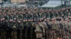Hàng vạn lính Nga, NATO so kè dọc biên giới, thổi bùng căng thẳng