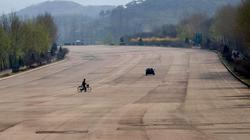 Những hình ảnh choáng ngợp về các xa lộ ở Triều Tiên