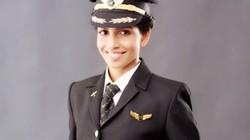 Vẻ đẹp như hoa hậu của nữ cơ trưởng lái Boeing 777 trẻ nhất thế giới