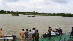 Vụ chìm ghe 2 mẹ con mất tích: Chồng ngây dại khi thấy xác vợ và con gái