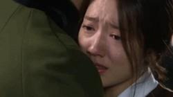 Đôi vợ chồng Bắc Ninh nắm tay nhau, khóc cạn nước mắt trong ngày ly dị