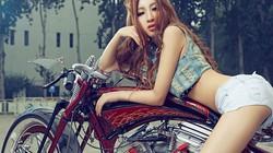 Mê mệt chân dài bên xế khủng Harley Davidson